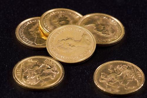 Le sterline d'oro sono un buon investimento
